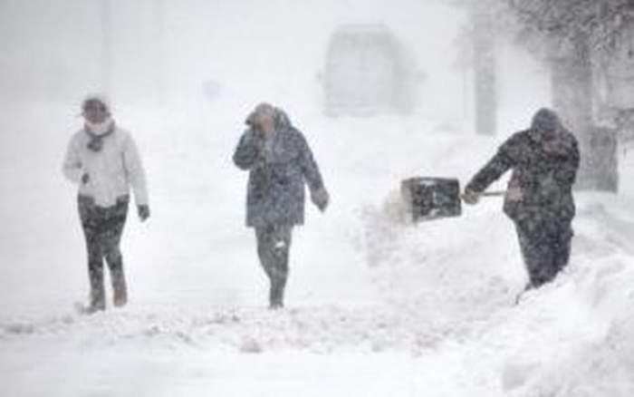 Zăpada pune stăpânire pe România! Anunţul făcut de meteorologi în urmă cu puţin timp