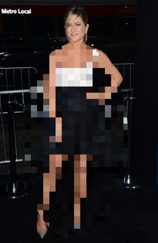 FOTO / Jennifer Aniston s-a făcut de râs la un eveniment monden? Detaliul care i-a stricat ţinuta