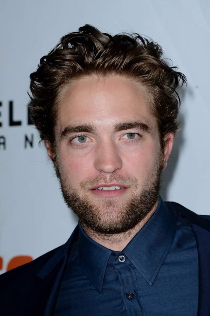 FOTO / S-a transformat din vampir sexy, în chelios cu burtă! Cum arată acum actorul Robert Pattinson