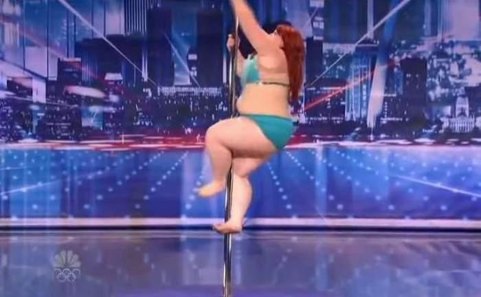 VIDEO incendiar cu cea mai grasă dansatoare din lume! Are 114 kilograme, dar face show la bară