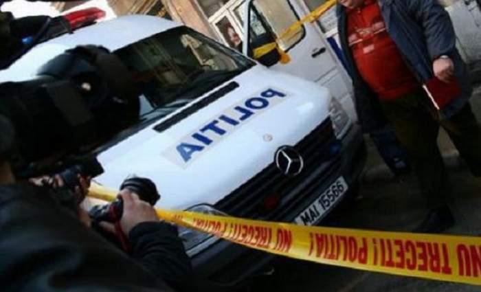 TRAGEDIE în Bucureşti! O fată de doar 27 de ani, proaspătă mămică, s-a SINUCIS în faţa trecătorilor