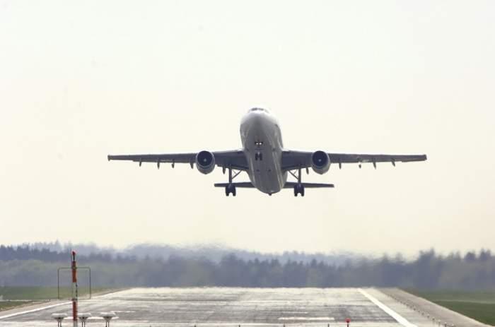 Panică pe aeroportul din Cluj! Ce s-a întâmplat cu un avion Tarom, la doar 10 minute de la decolare