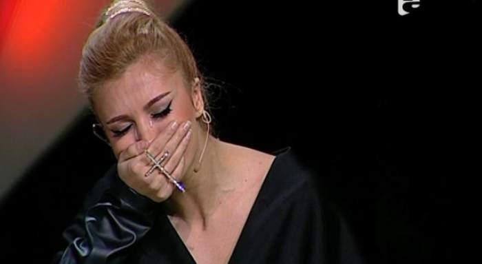 VIDEO / Nu a mai putut să-şi ascundă trăirile! Lora a izbucnit în lacrimi, la TV