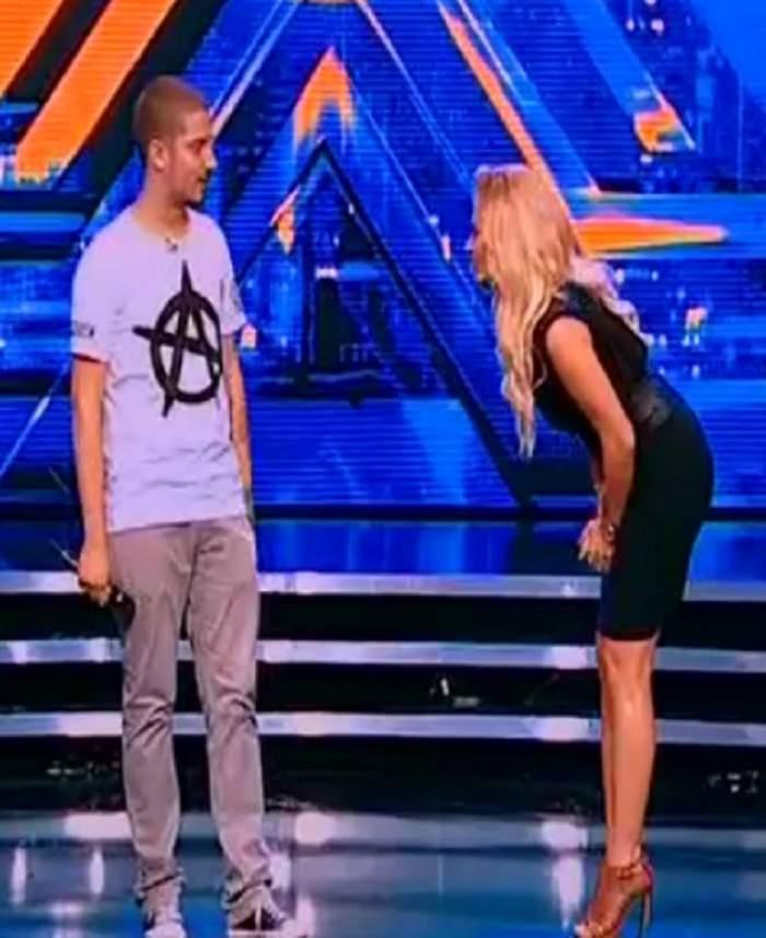 """VIDEO / A vrut să scoată """"fiara"""" din el, aşa că i-a cerut un lucru incredibil! Delia şochează la """"X Factor"""": """"Hai, loveşte-mă, pisi!"""""""