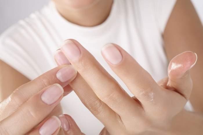 Culorile anormale ale unghiilor pot dezvălui dereglări ale organismului tău