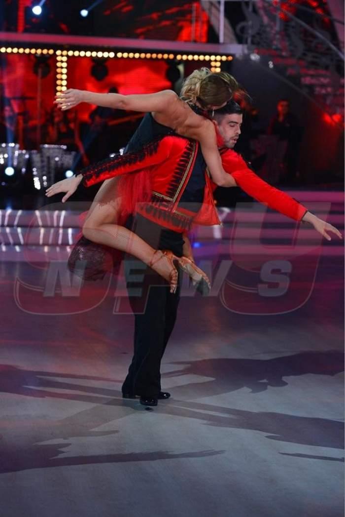"""Cele mai spectaculoase momente de la """"Dansează printre stele""""! Acrobaţiile îţi vor tăia răsuflarea"""
