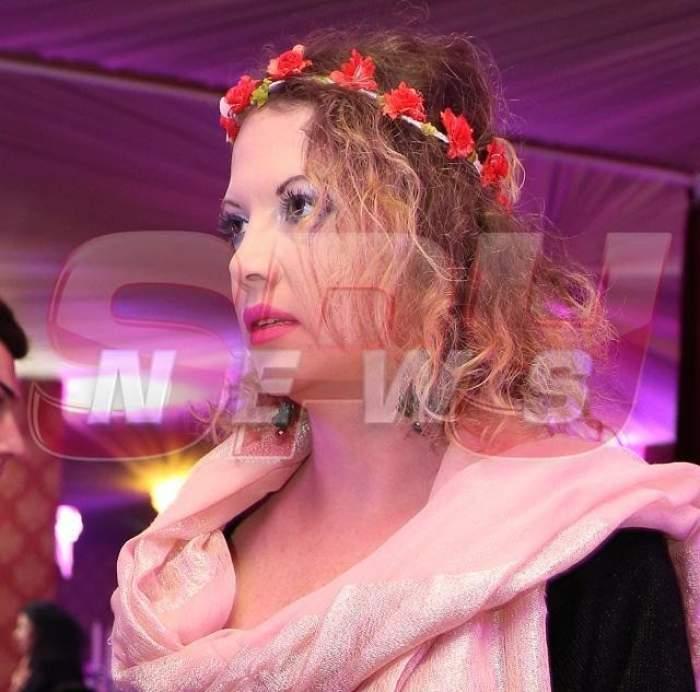FOTO/ Oana Lis, fără sutien la un eveniment monden! Cum arată cu adevărat bustul vedetei