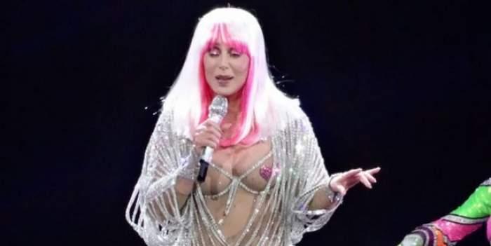 Cher are probleme grave de sănătate! Cântăreața trebuie să poarte un monitor cardiac