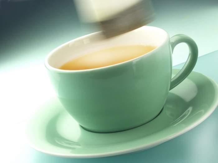 Scapă de riduri cu ceaiul verde! Iată ce efect miraculos are