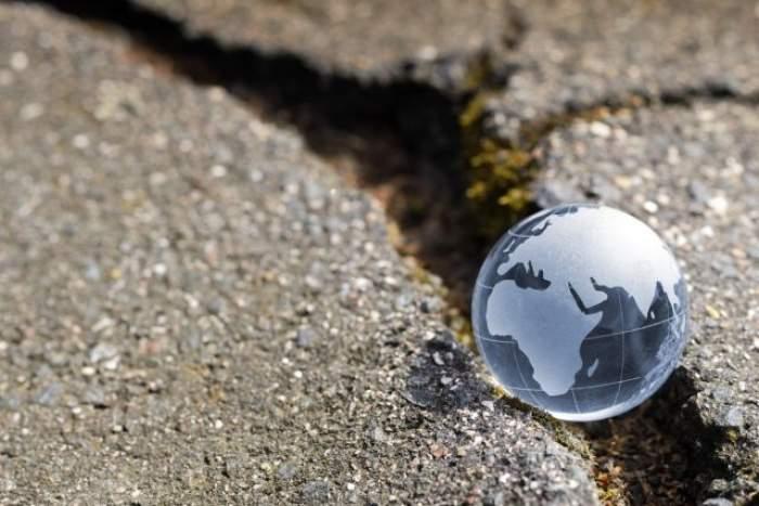 ÎNTREBAREA ZILEI- VINERI:  Ştiai că există un stat în care nu s-a înregistrat niciodată un cutremur? Nici prin cap nu îţi trece care este