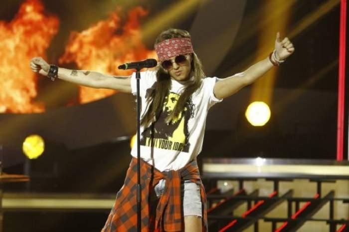 VIDEO / Lora este un adevărat rock star! Artista l-a adus pe scenă pe îndrăgitul Axl Rose de la Guns'n'Roses