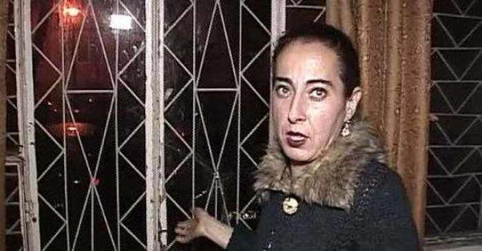 """VIDEO / Vecinii Angelicăi Constantin sunt REVOLTAŢI: """"E o mincinoasă, o cerşetoare şi nu o vrem în blocul nostru!"""""""