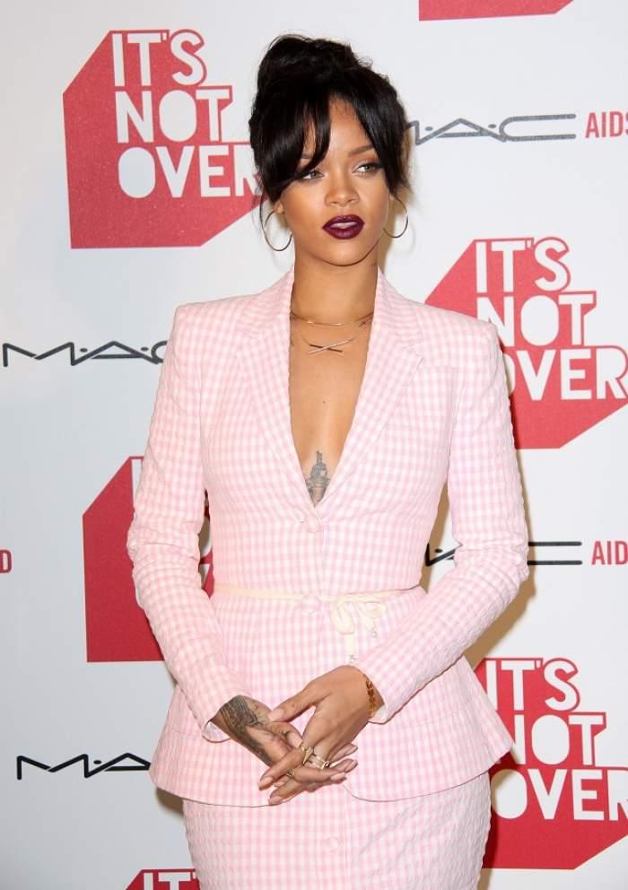 """Rihanna, gravidă? """"Copilul creşte în mine"""""""