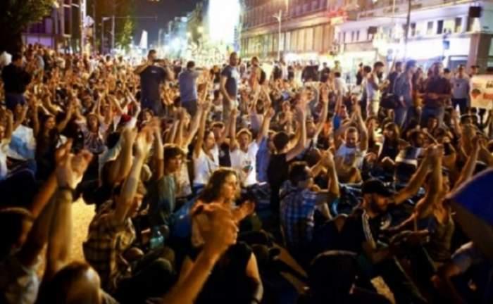 Grevă generală în Italia! Proteste în 54 de oraşe pentru politicile lui Renzi