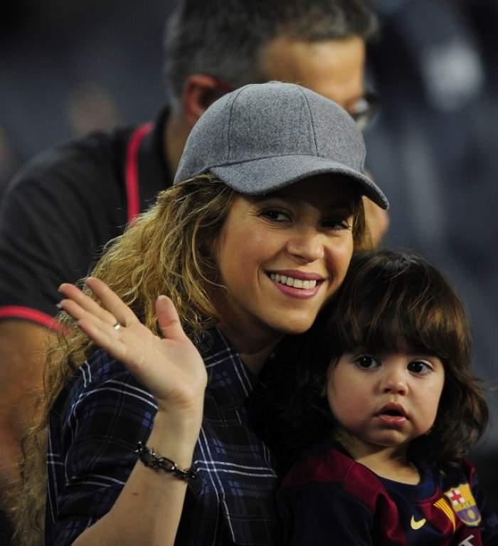 Shakira şi Pique i-au surprins pe fani! Vorbesc şapte limbi străine cu fiul lor ca să devină poliglot