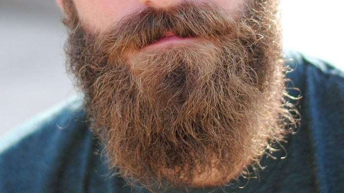 Ce personaj celebru nu şi-a tuns barba de peste 40 de ani!