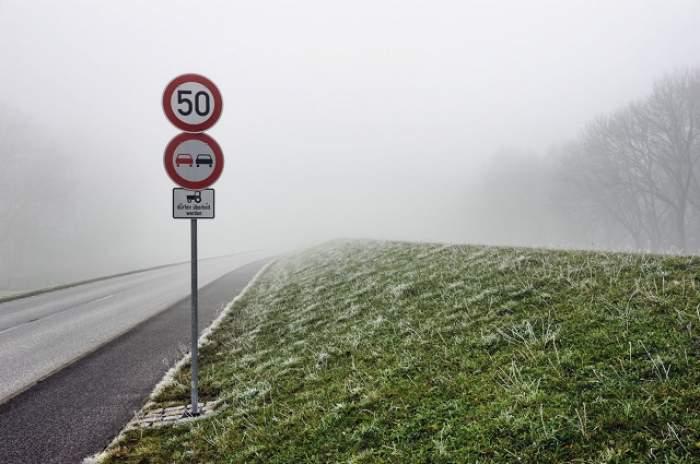 Avertisment METEO! Este COD GALBEN de ceaţă în şapte judeţe din centrul şi sudul ţării