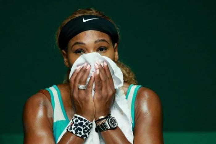 Imagini HOT / Serena Williams, cu fundul la vedere! Are posteriorul mai mare decât Kim Kardashian?