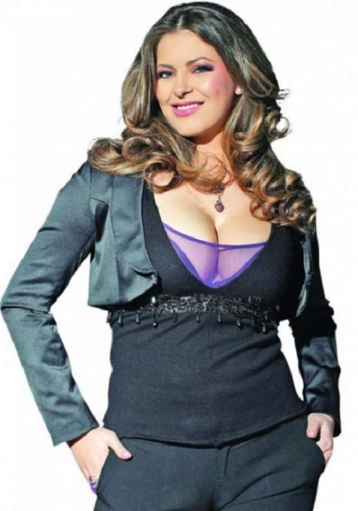 Rita Mureşan, goală în baie! Cum s-a lăsat pozată creatoarea de modă