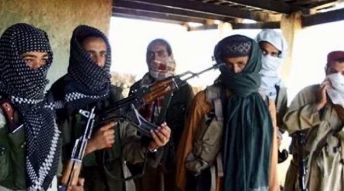 VIDEO / Act terorist într-o şcoală, Pakistan! Peste 500 de elevi şi profesori au fost luaţi ostatici, iar 130 au fost omorâţi