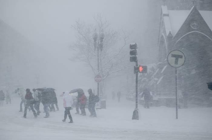 Iarna a pus stăpânire pe România! E Cod Galben de ninsori, vânt şi polei în mai multe zone din ţară