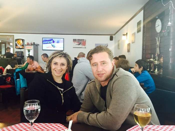 Au lăsat Dubaiul, pentru zăpadă! Cum s-au distrat Anamaria Prodan şi Laurenţiu Reghecampf pe pârtiile din România