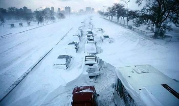 Coşmar pentru şoferi! COD PORTOCALIU de ploi abundente şi vânt puternic pe autostradă! VEZI zonele vizate