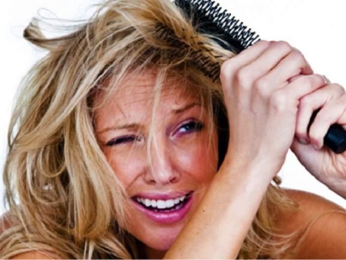 Ai probleme cu electrizarea părului, în sezonul rece? Trucuri pentru a scăpa de enervanta problemă