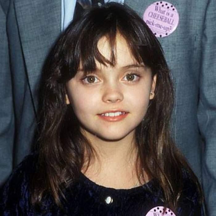 A fost unul dintre cei mai populari copii actori în anii '90! Tu o mai recunoşti?