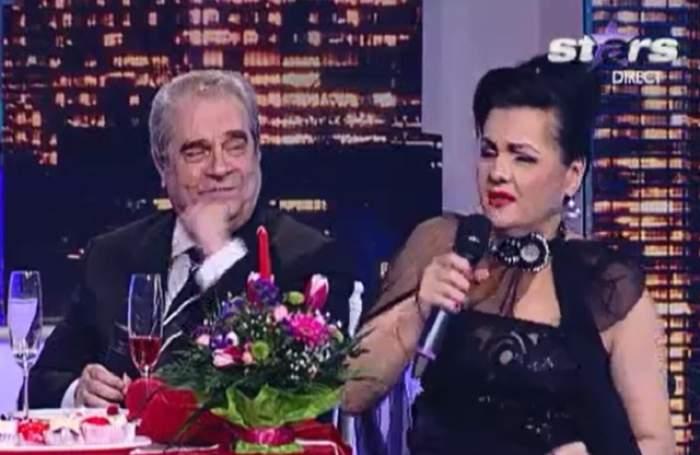 Cornelia Catanga a căzut în direct la TV! Rochia i-a dat bătăi de cap, uite cum s-a prăbuşit