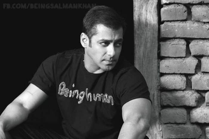 """Salman Khan are de ce să fie gelos! Iulia Vântur a petrecut ore în şir alături de un chipeş indian în """"ţara mirodeniilor"""""""
