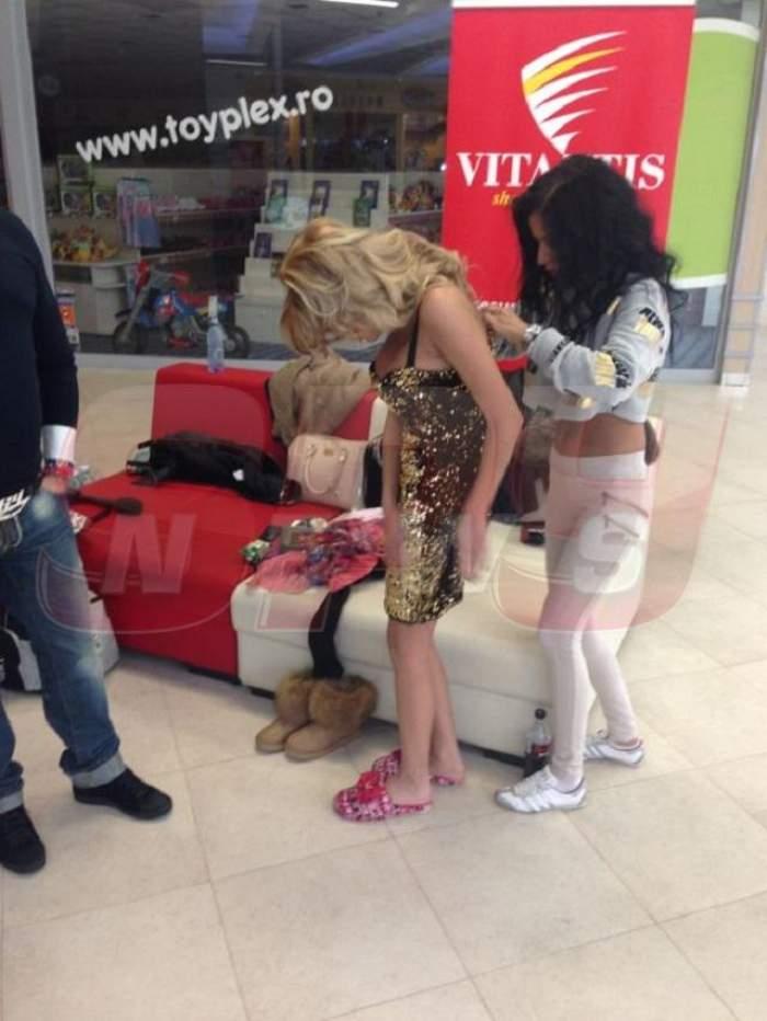 Denisa Biță, dezbrăcată în mijlocul mall-ului! Serghei Mizil a încercat să o salveze de ochii curioșilor