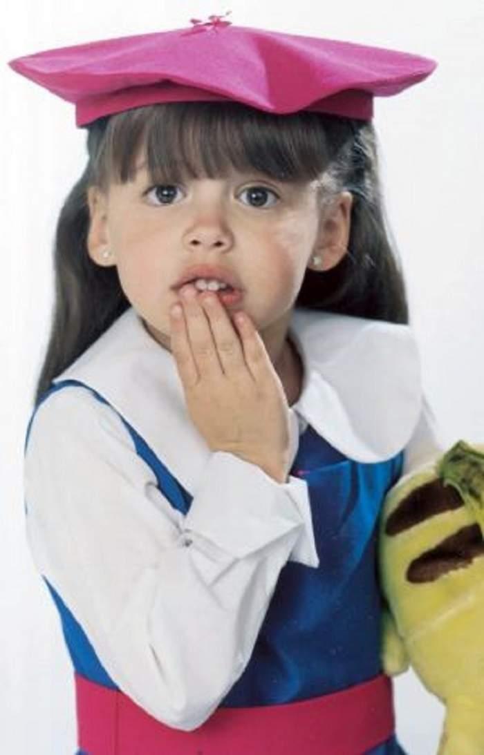 Ţi-o mai aminteşti pe Dulce Maria? Fetiţa poznaşă s-a transformat într-o tânără sexy! Vezi cum arată!