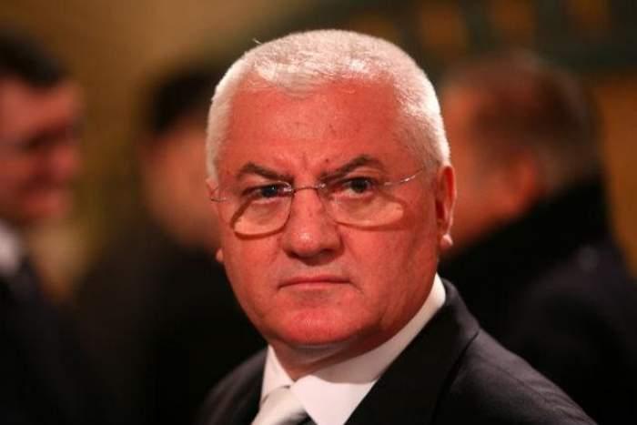 """Dumitru Dragomir, """"Oracolul de la Bălceşti"""", face noi previziuni în cazul lui Borcea. Vezi câţi copii i-a prezis că va mai avea"""
