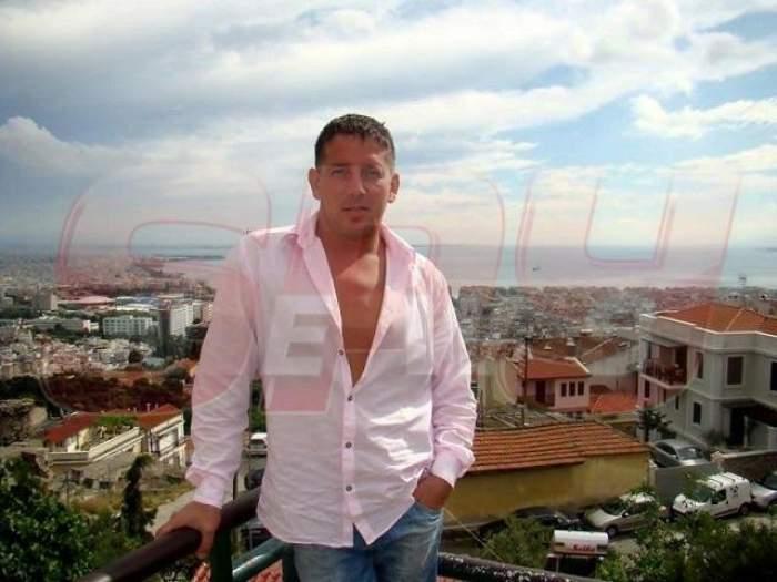"""Cuplu-şoc! Costin Mărculescu şi-a găsit fericirea în braţele favoritei maneliştilor: """"Îmi plac sânii ei""""!"""