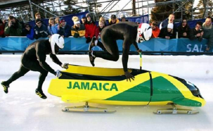 Asta-i culmea! Jamaica are cea mai ambiţioasă echipă de... bob! S-au străduit enorm să ajungă la Soci, dar ce-au păţit e de râsul lumii