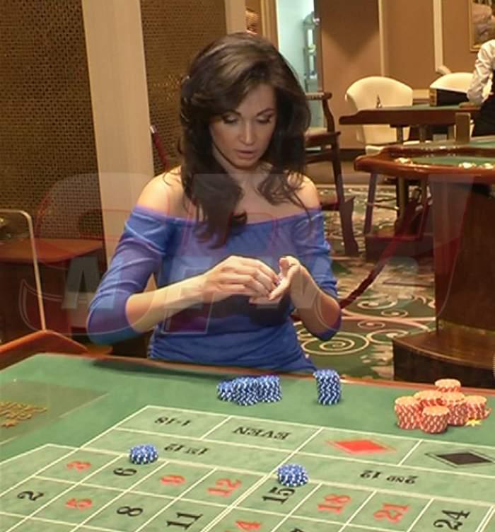 Bianca şi Victor la notar, ea la cazino! Naşa Nicoleta Luciu n-a avut mână bună la fini, aşa că îşi încearcă norocul...la bani!