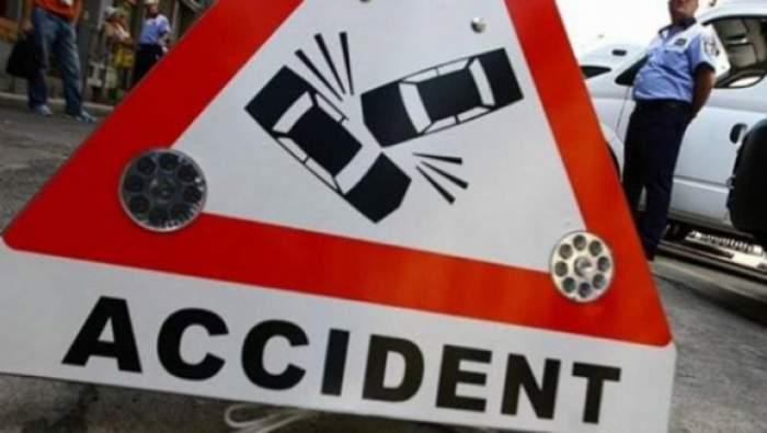 Accident în lanţ, în Capitală! Două persoane au fost rănite