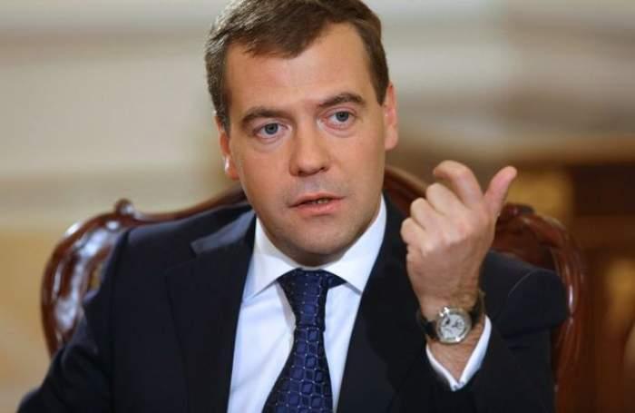 VIDEO Aşa ceva e inacceptabil! Ce a făcut premierul Dmitri Medvedev în timpul deschiderii Jocurilor Olimpice de la Soci