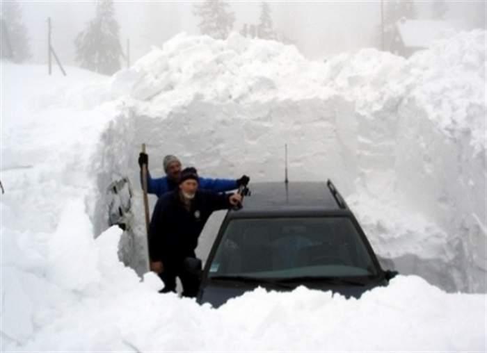 Cea mai mare furtună de zăpadă din ultima jumătate de secol! Cel puţin 11 oameni au murit!