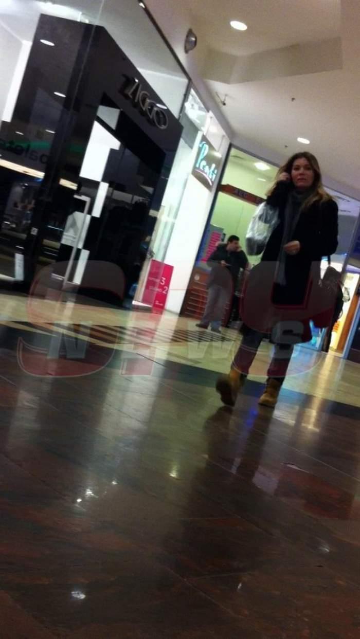 Şi divele se... prăfuiesc! Cea mai frumoasă femeie din România, acum, de nerecunoscut!