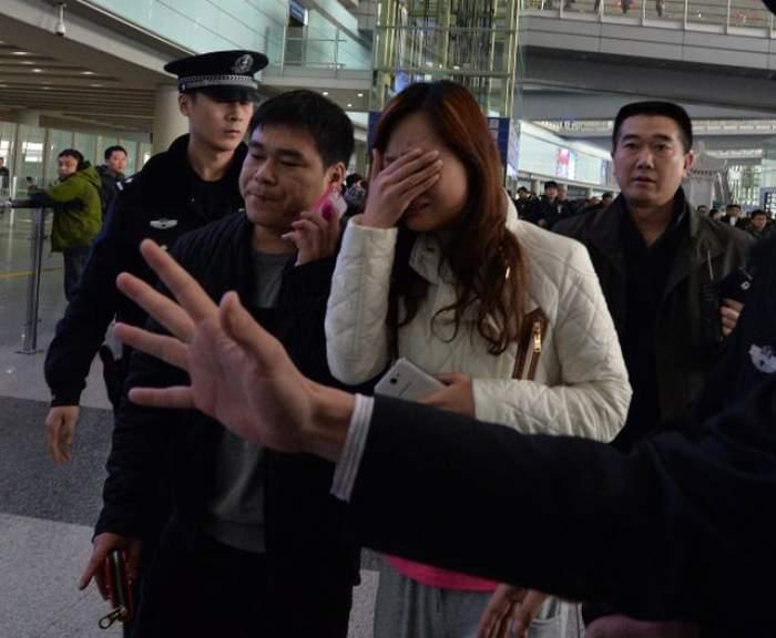 E oficial! Avionul companiei Malaysia Airlines S-A PRĂBUŞIT. Nu există supravieţuitori