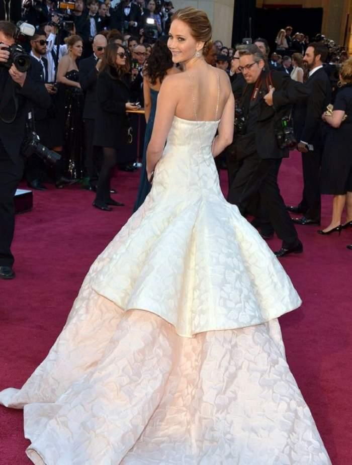 Vezi rochiile Oscar din 1929 până în 2014! Care este preferata ta?
