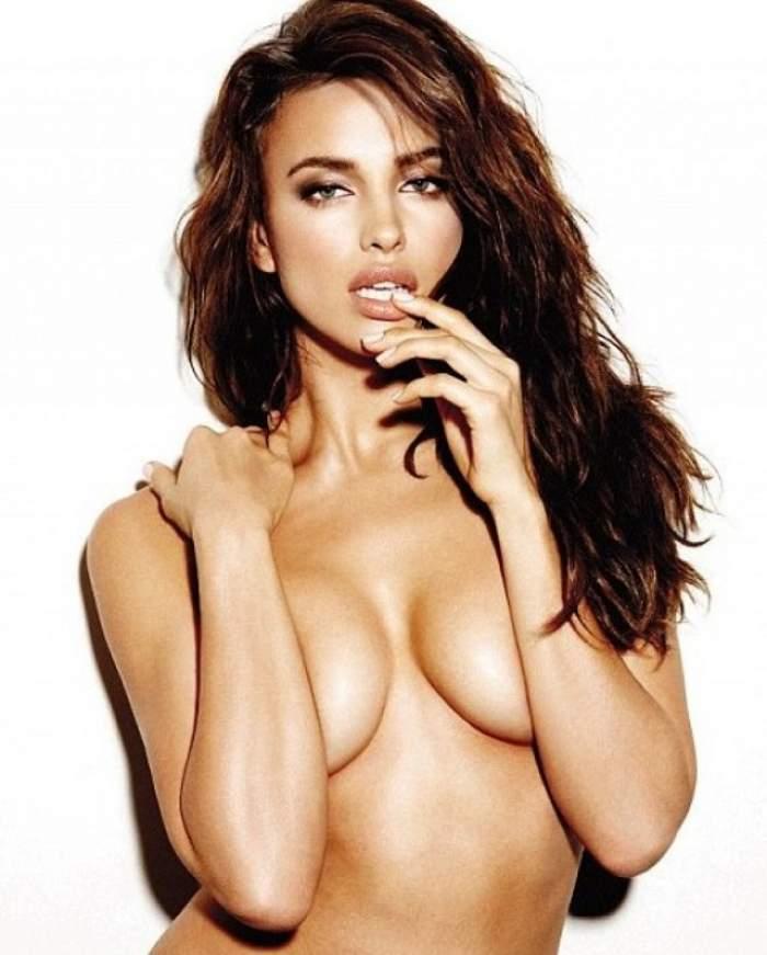 """Irina Shayk, cel mai sexy """"iepuraş"""" de Paşte! Ronaldo va înnebuni de plăcere când o va vedea costumată aşa!"""