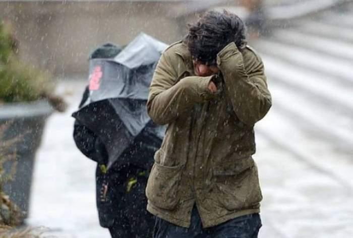 Vremea se schimbă! Vom avea parte de grindină, vânt şi ploi! Află care sunt zonele afectate