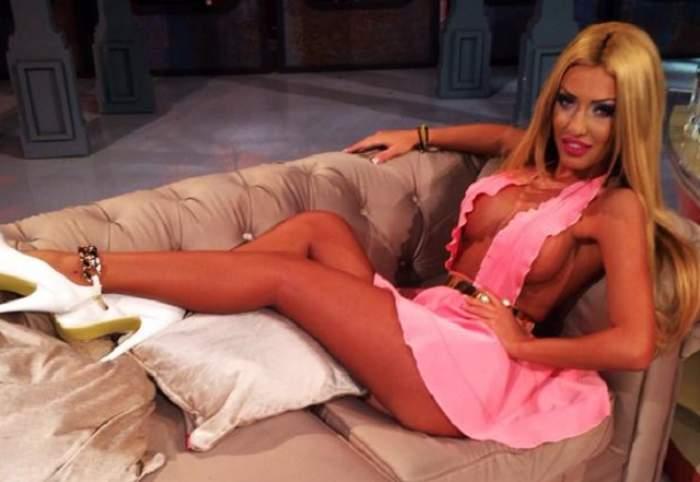 N-ai idee unde se simte cel mai bine Loredana Chivu! Blonda s-a îmbrăcat provocator şi s-a pozat alături de ei