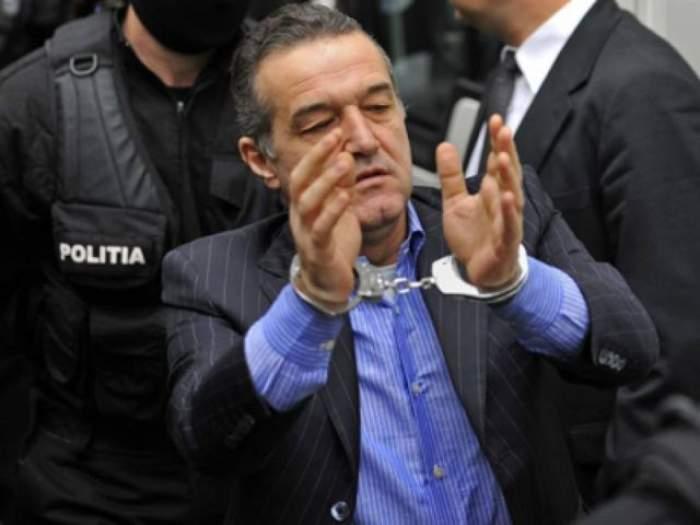 Gigi Becali a primit încă o lovitură! Are datorii imense la bănci şi nu le poate achita