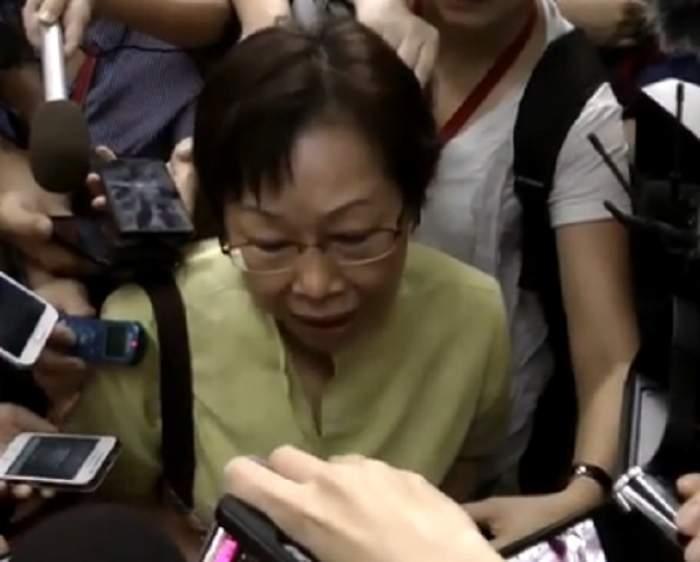 """VIDEO Reacţia femeii care şi-a pierdut toată familia în """"avionul groazei""""!"""