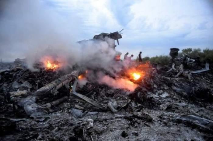 INCREDIBIL! Rebelii pro-ruşi, acuzaţi că au furat cadavrele pasagerilor ucişi în cursa Malaysia Airlines! Motivul este incredibil