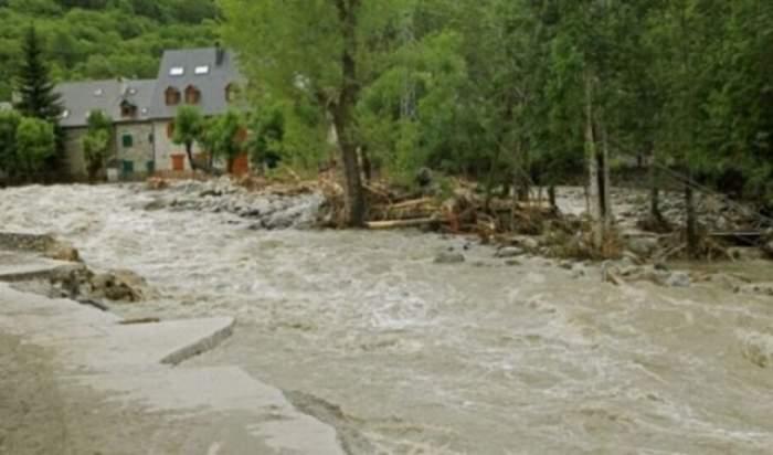 UPDATE Cod ROŞU de inundaţii! Ce zone sunt vizate